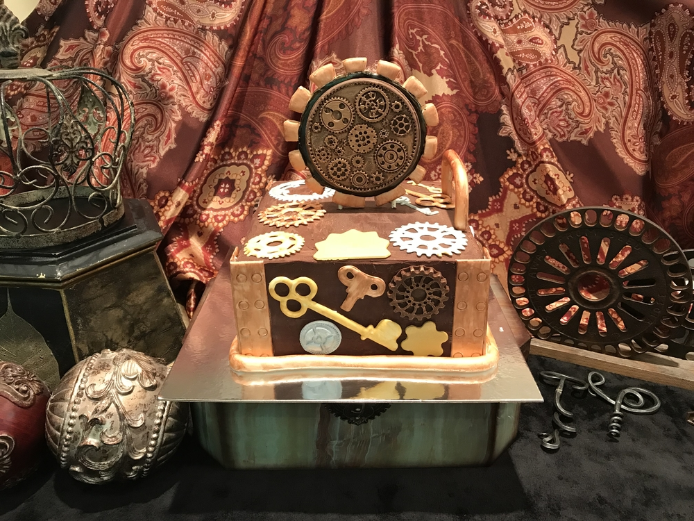 Steampunk cookie topper