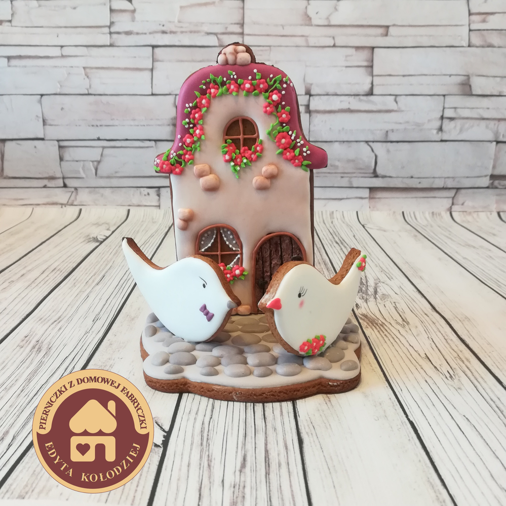 3-D Cottage with Birds