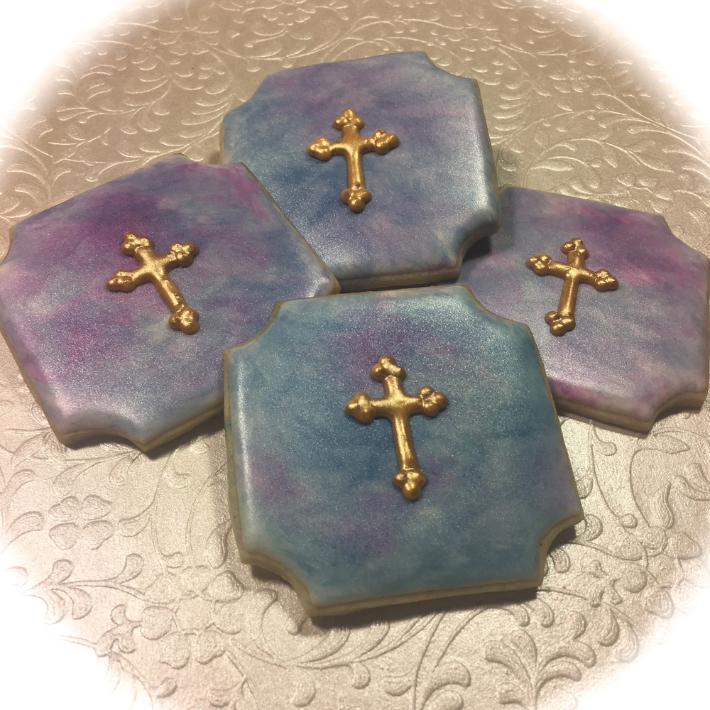 Elegant crosses for a First Communion