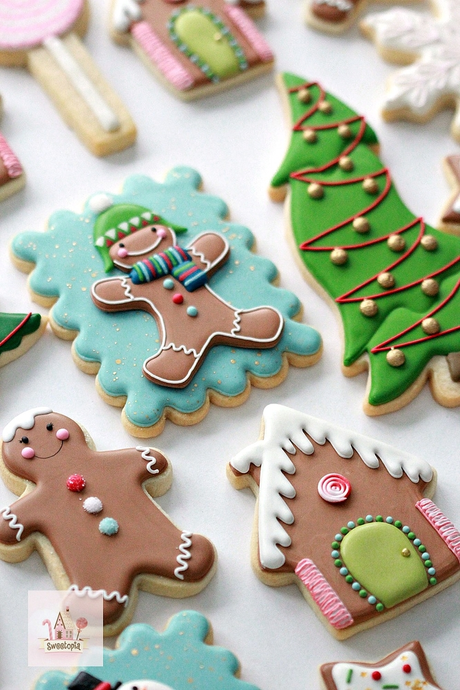 Sweetopia Christmas Decorated Cookies