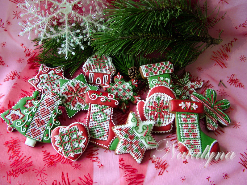 Christmas Gingerbread Cookies Decorated with Royal Icing