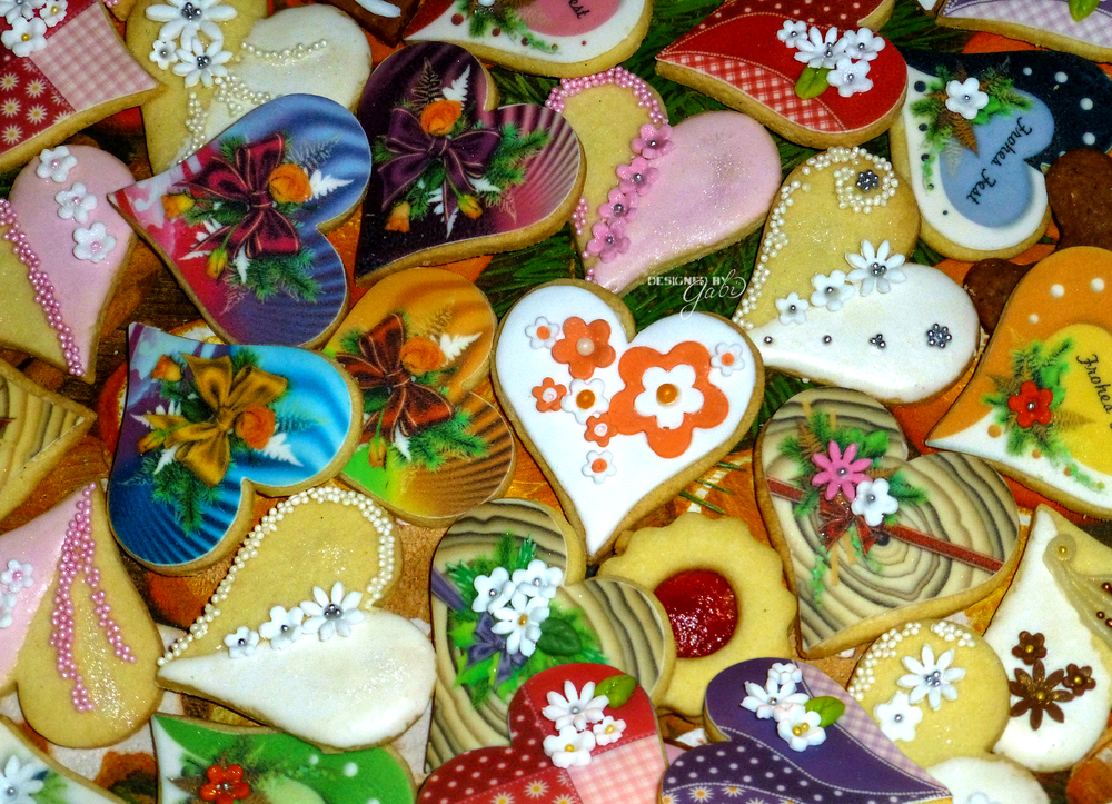 heart cookies, decorated differently