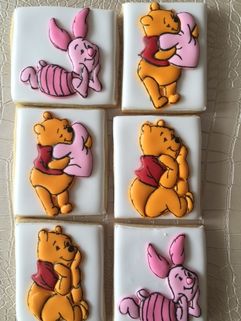 Winnie the Pooh and piglet