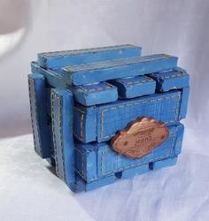 jeans box