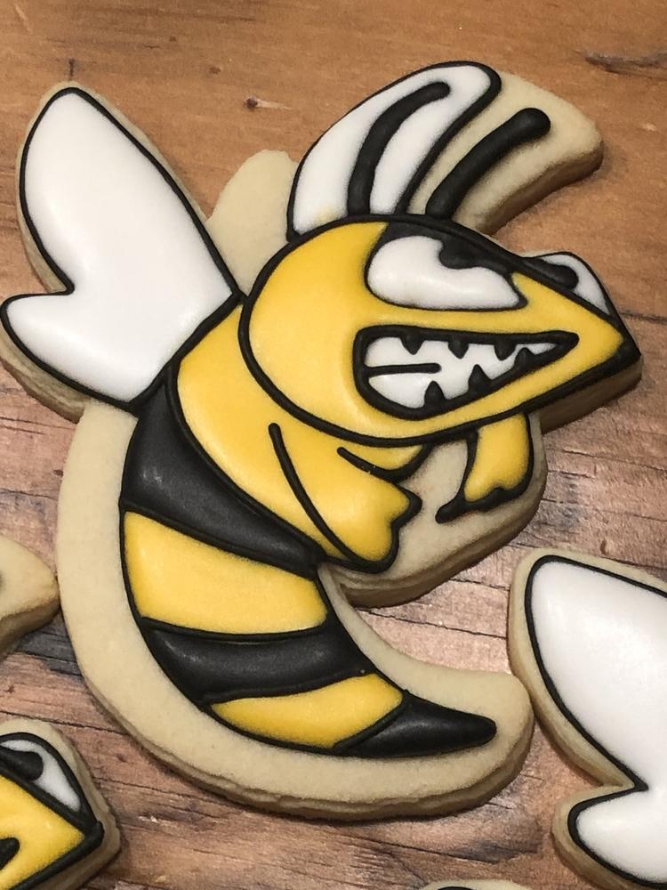 Hornet Cookie