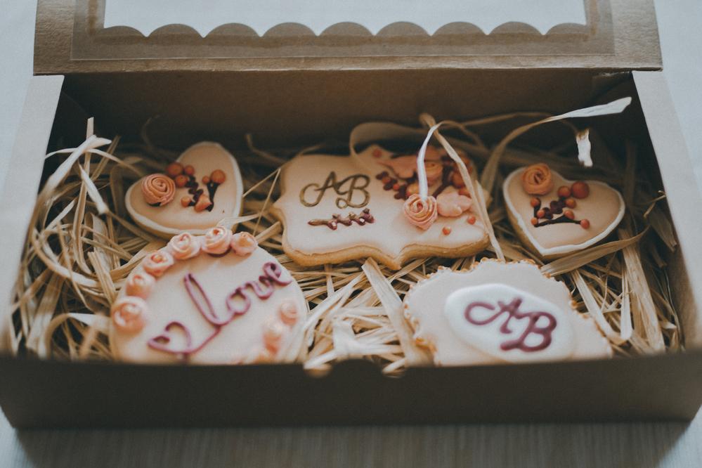 Wedding Cookies A & B