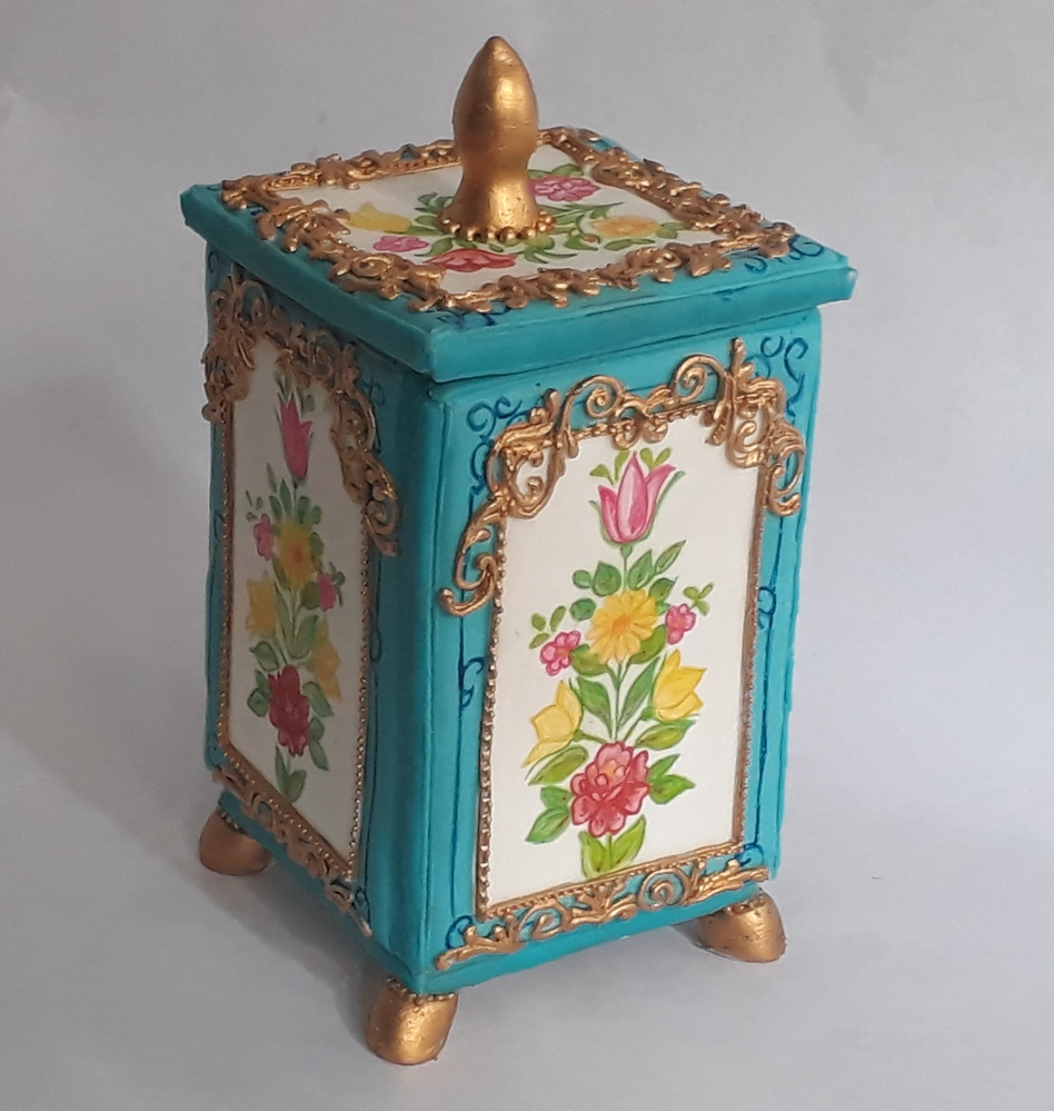 Vintage Russian Jewelry Box Cookie