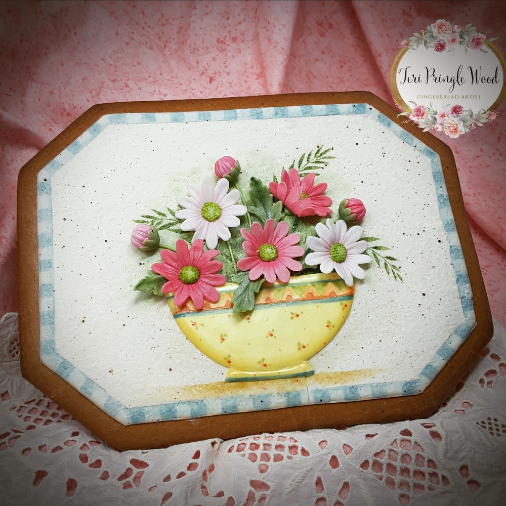 Bowl full of daisies