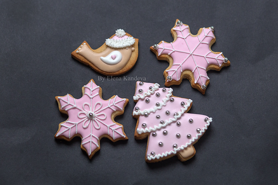 Christmas cookies - bird, snowflakes and Christmas tree