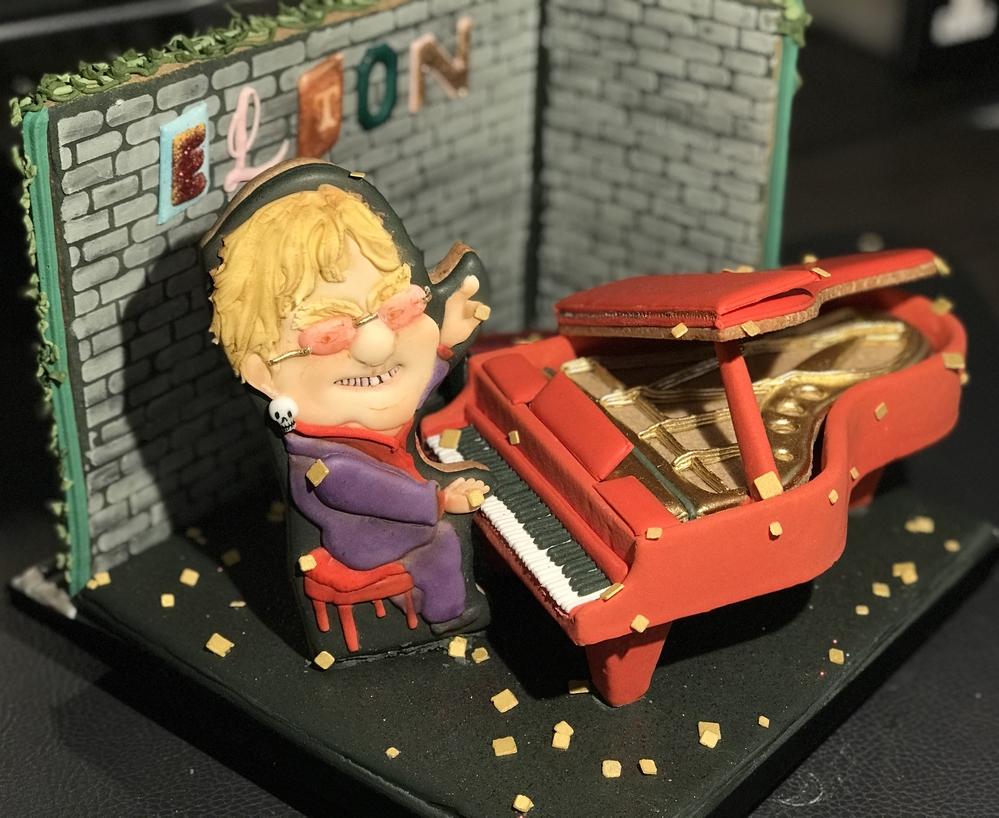 Piano Show Scene