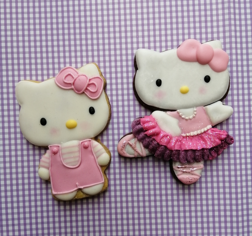 Hello Kitty cookies