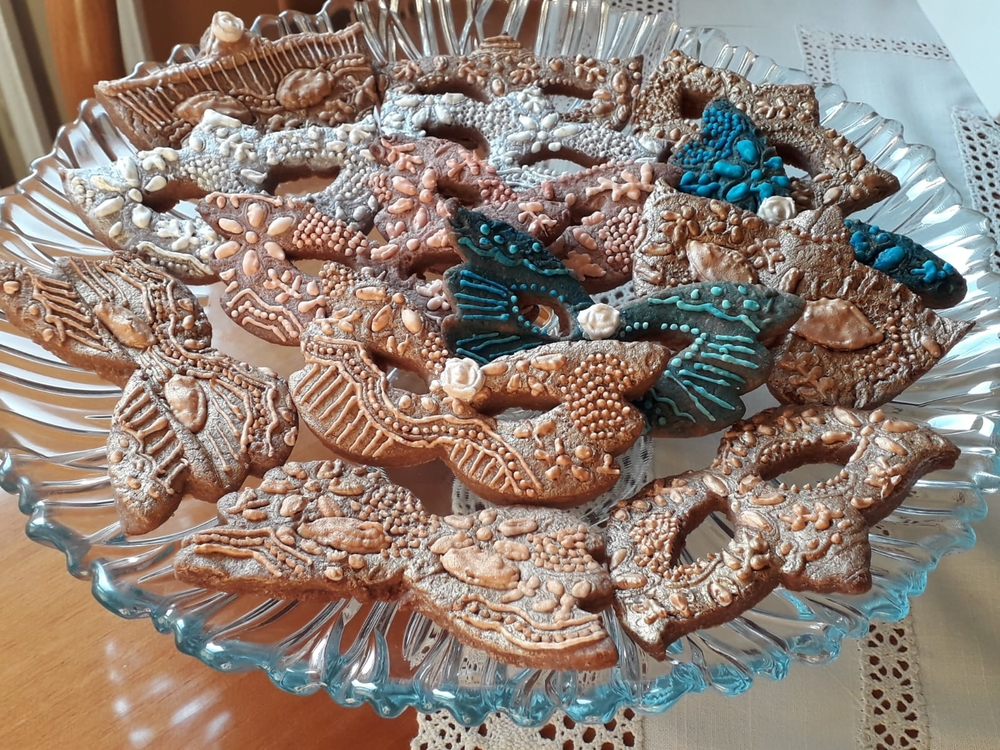 Baroque carnival cookies