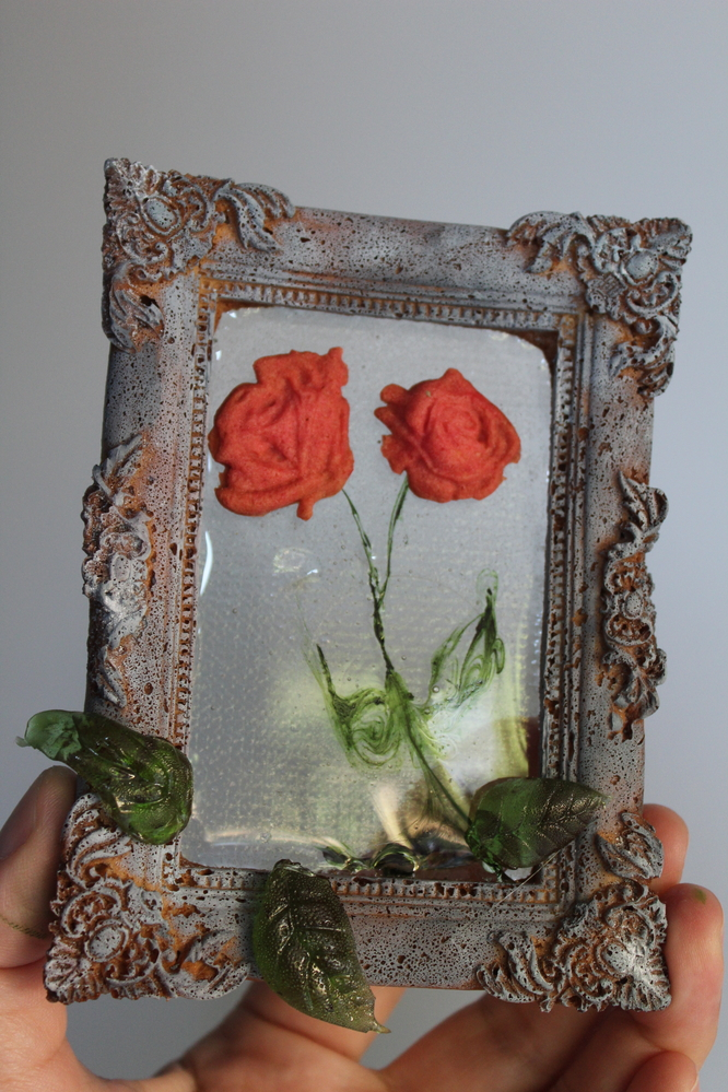 Roses in the Frame
