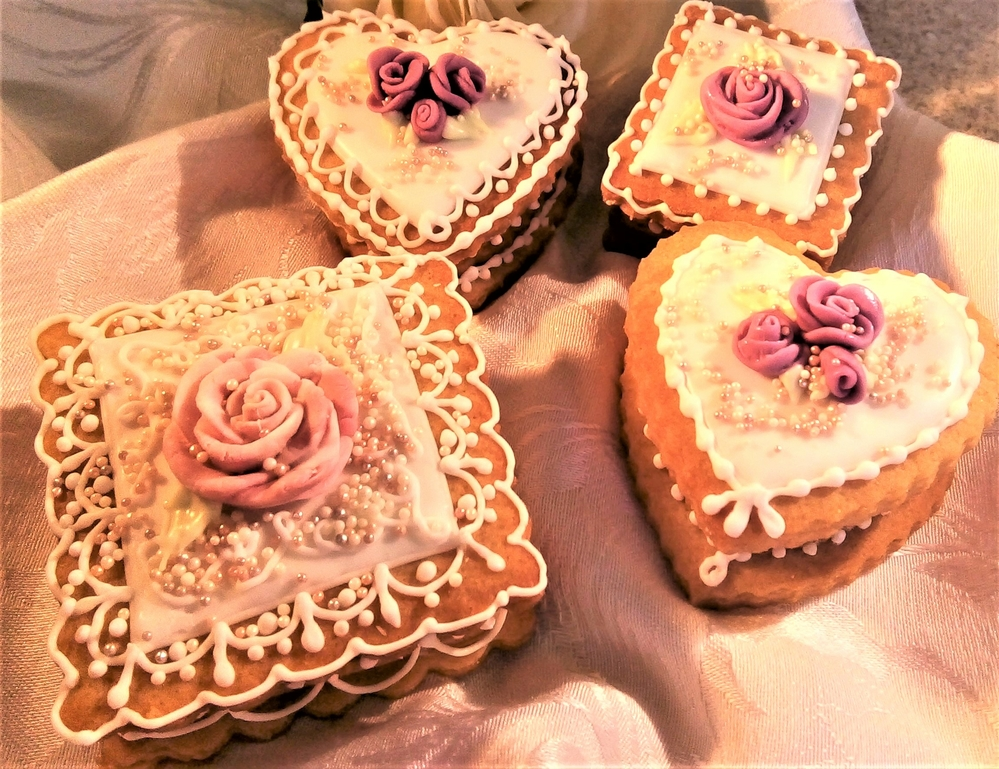 Gingerbread Trinket Boxes