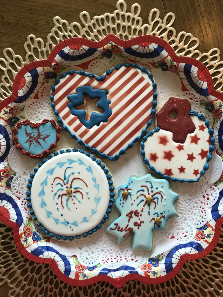 Loving Red, White and Blue Cookies!