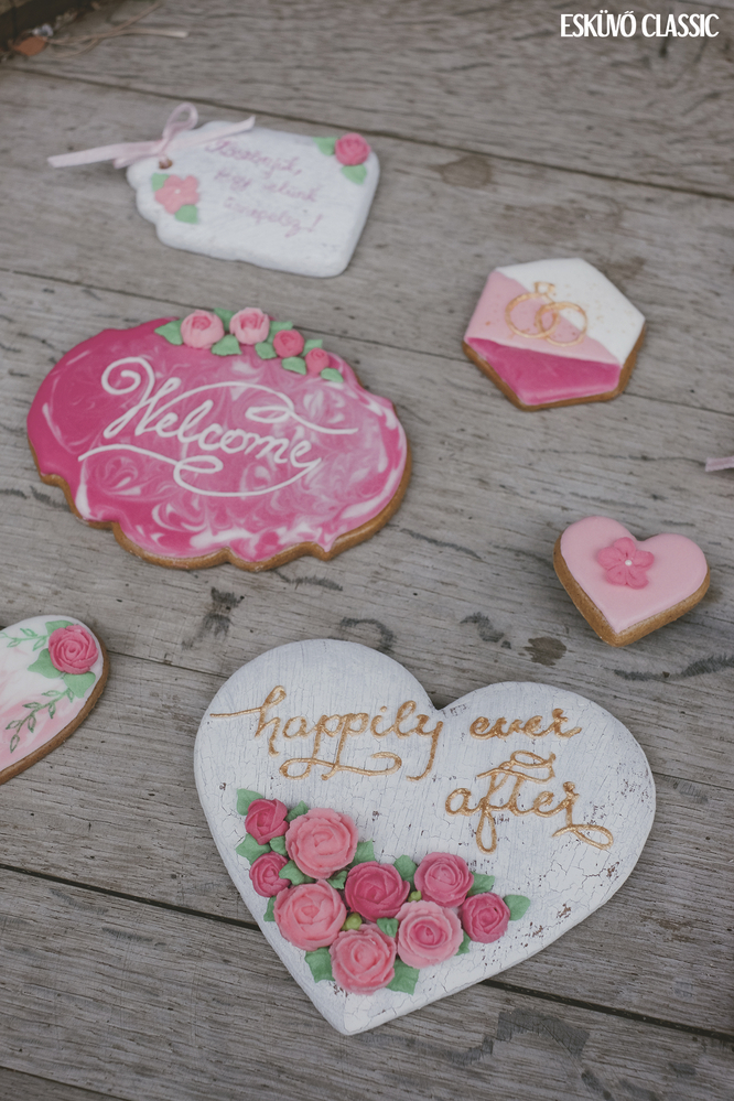 Calligraphy on Cookies by TMJcreative