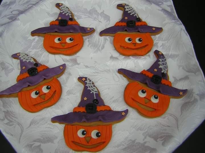 Pumpkin Witches