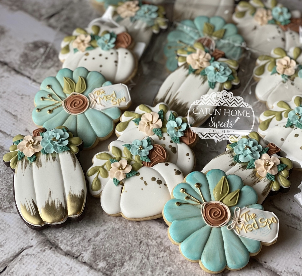 Floral Mint & Gold Pumpkins