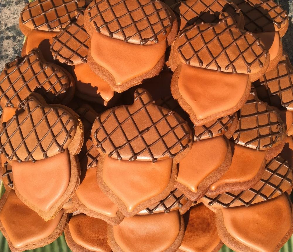 Gingerbread Acorns