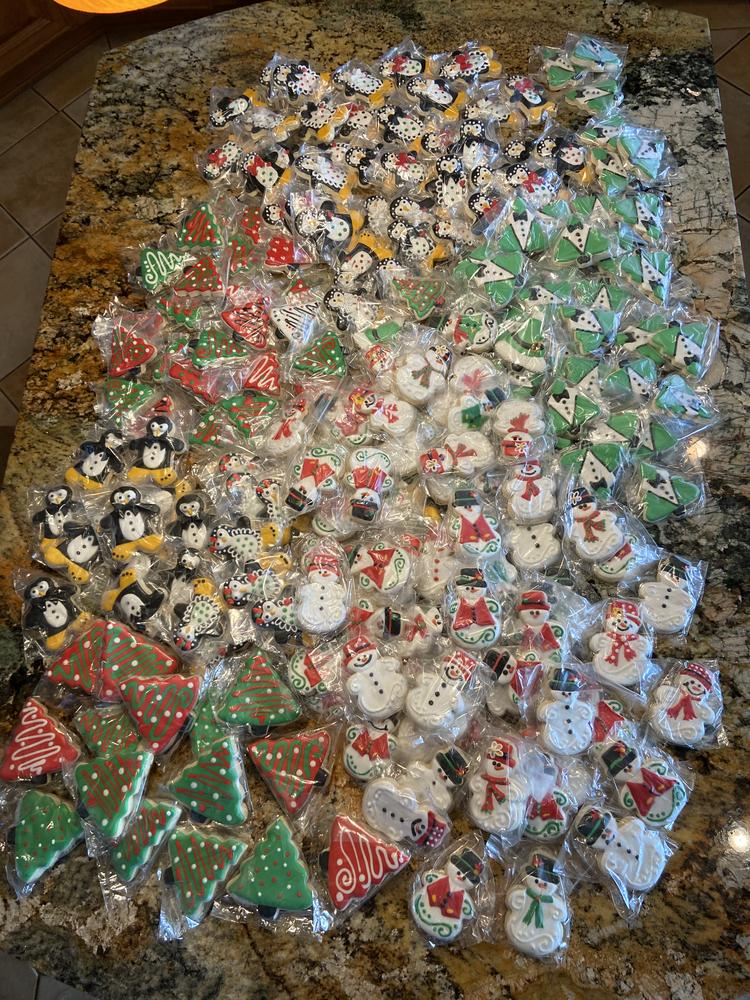 270 Christmas Cookies