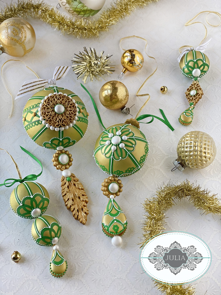 3-D Christmas Ornament Collection