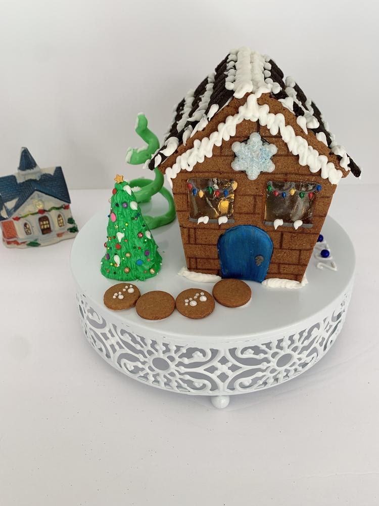 Gingerbread House by Bev Hansen
