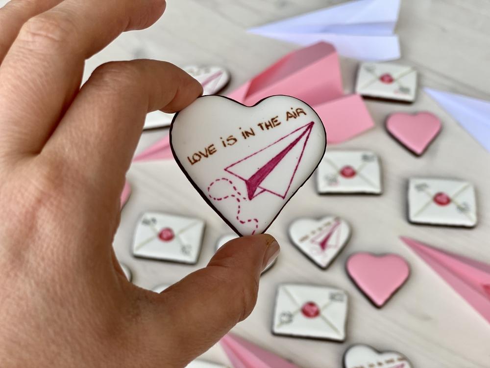 Valentine's Day Mail - View #1