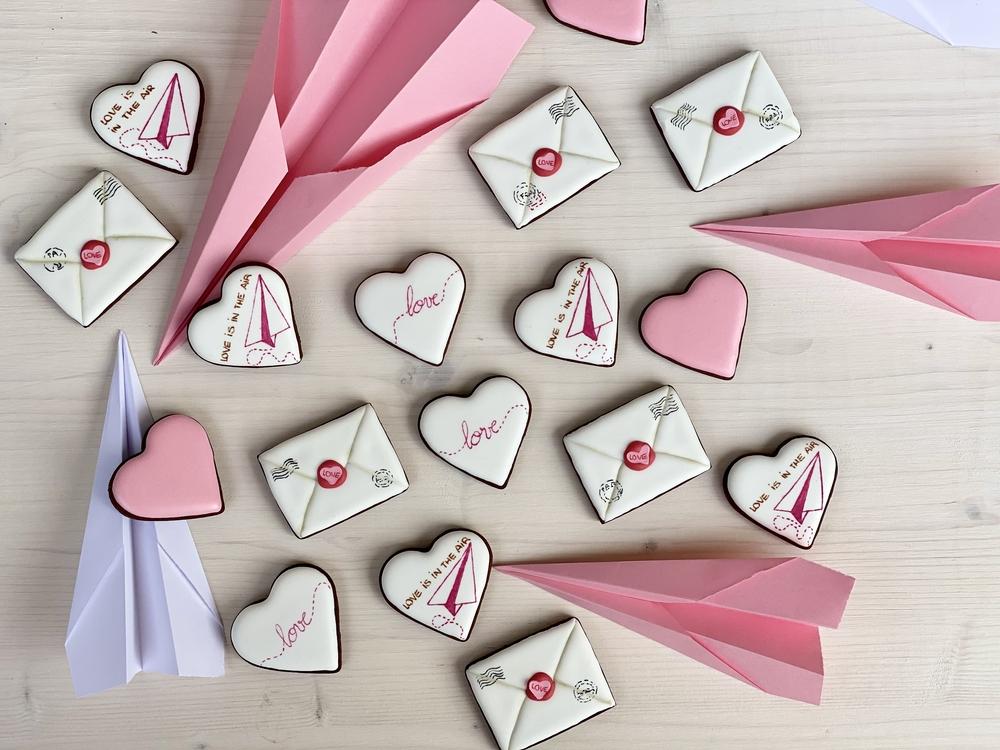 Valentine's Day Mail - View #3
