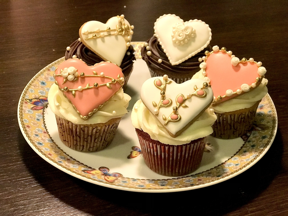 Heart Cookie-Decorated Cupcakes - View #1