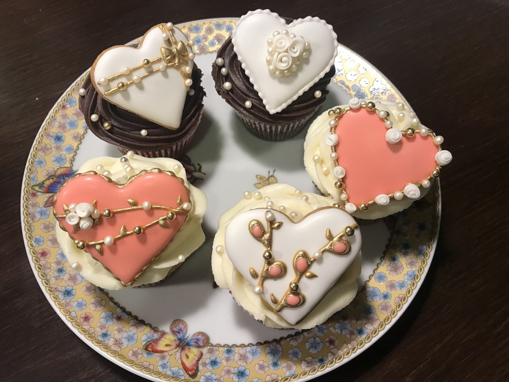 Heart Cookie-Decorated Cupcakes - View #2