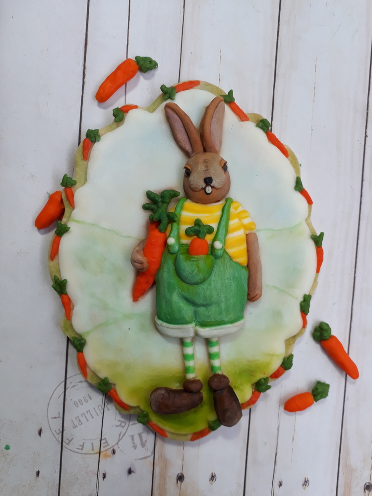 Mr. Rabbit and Carrots Cookie
