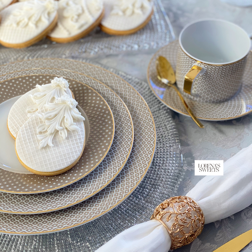 White Easter Eggs by Lorena Rodríguez for Lorena's Sweets